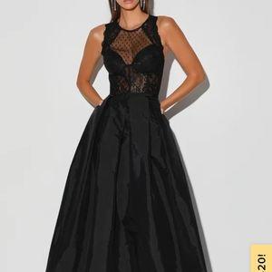 Lulus black lace formal maxi dress